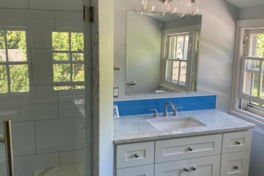 [h-s]blue bathroom-3